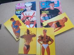 LOT CARTES Postales + 2 REVUES VINTAGE GAY PHOTOS + BONS TEXTES Sodomie Travestie Marins Nain Pin Up Athlète - Erotique (...-1960)