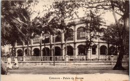 AFRIQUE --  DAHOMEY -- Cotonou --  Palais De Justice - Dahomey