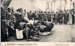 AFRIQUE --  DAHOMEY -- Un Groupe De Féticheurs - Dahomey