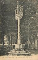 SAINT HERBOT       LE CALVAIRE DU XVI SIECLE - Saint-Herbot