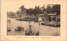 AFRIQUE --  DAHOMEY -- Inondation De Cotonou 1925 - Transport Des Produis - Dahomey