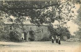 SAINT HERBOT          ENTREE DU CHATEAU DE RUSQUEC - Saint-Herbot