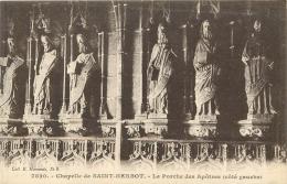 SAINT HERBOT       EGLISE    PORCHE DES APOTRES    SCULPTURE - Saint-Herbot