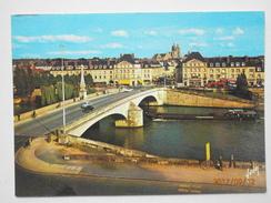 Postcard Compiegne Bridge Over The Oise And Rue Solferino PU 1986 My Ref B21875 - Compiegne