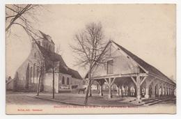77 SEINE ET MARNE - BEAUMONT DU GATINAIS Eglise Et Place Du Marché, Halles - France