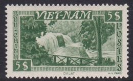 South Vietnam S10 1951 Bongour Falls 5 Pi Green Mint Hinged - Vietnam