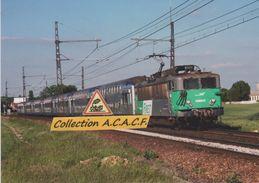 "Locos BB 8604 Et Rame VO2N ""TER Centre"", à Gazeran (78) - - France"