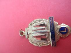 Médaille De Cou/ Lion's Club International/District Chairman/Dague Et Livre/Doré Or Fin  Fin XX Siècle        MED162 - Sonstige Länder