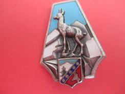 Insigne à épingle / Chamois /  Montagnes/Augis Lyon / Années 50       MED165 - Medaillen & Ehrenzeichen