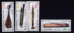COREE DU NORD   DPR KOREA  :   Yvert     3717 à 3720  Neuf XX Luxe MNH   Instruments De Musique - Corée Du Nord