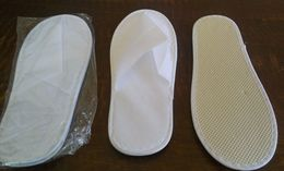 TRAVEL NEW 2 Pairs Light Slippers For Hotels - Giveaways