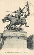 CPA Chinon-La Statue De Jeanne D'Arc       L2354 - Chateau Chinon