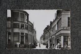 LA CHATRE - La Poste Et La Rue Nationale. - La Chatre