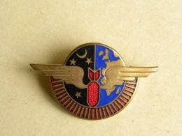 Insigne Aviation - Base Aérienne 120 - 33 CAZAUX - Augis Lyon - Militaria