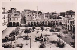CPSM/pf  BONE (Algérie) ..La Place D'armes. ..C244 - Otras Ciudades