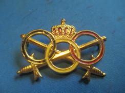 Insigne à épingle/ Belgique/Armée Belge / Anneaux Olympiques / Mi-XXéme Siécle      MED182 - Medaillen & Ehrenzeichen