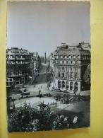 B11 6540 - CPSM PM 1955 - 75 PARIS - RUE DE LA PAIX ET COLONNE VENDOME - EDIT. DU GLOBE N° 121 - ANIMATION AUTOS BUS - Distrito: 01