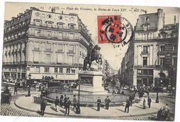 Paris - Place Des Victoires, La Statue De Louis XIV - Statues