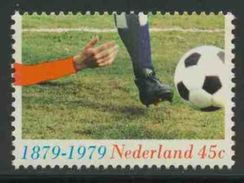 Nederland Netherlands Pays Bas 1979 Mi 1143 YT 1114 ** Cent. Organized Football In Netherlands (KNVB) Shot/ Spielszene - Periode 1949-1980 (Juliana)