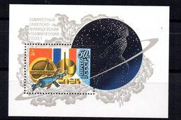 Hb-155  Rusia - Astrología