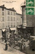 43. CPA BRIOUDE. Place Du Mazel, Marché, Foire Aux Bestiaux. Vaches. 1908. - Brioude