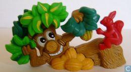 Der Geheimnisvolle Zauberwald / Baum Mit Eichhörnchen + BPZ - Maxi (Kinder-)