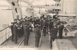 CPA Bateaux - Le Suffren - La Musique De L'Amiral - Warships
