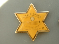 PIN´S  VOLLEYBALL - WELLS FARGO GOLD PATRON - U.S OLYMPIC FESTIVAL 91 - Volleyball