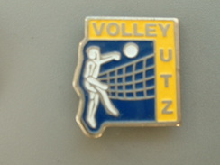 PIN´S  VOLLEYBALL - YUTZ - Volleyball