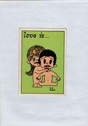 141209  Vecchia Figurina PANINI FIGURINE PANINI SERIE LOVE IS NUMERO 136 - Altri