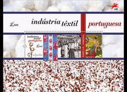 PORTUGAL 2017 Textile Industry Unique Unusual Flock Paper Miniature Souvenir Sheet Block MNH - Hojas Bloque