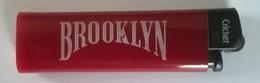 Briquet - Brooklyn - Briquet Jetable D'occasion - En état De Fonctionnement - - Briquets