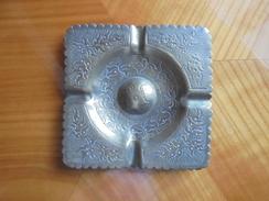 Ancien Cendrier En Cuivre Maroc - Metall