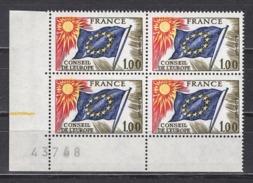 FRANCE 1976 / 1978 - BLOC DE 4 TP  Y.T. N° 49 COIN DE FEUILLE - NEUFS** /Y194 - Neufs