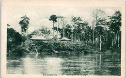 AFRIQUE -- CAMEROUN -- Factorie Sur Le Nyong - Camerún