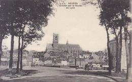 Nevers Entree Par La Route De Lyon 1919 - Nevers
