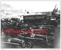 Reproduction D'une Photographie De La Scuderia Ferrari Au Grand Prix De Monaco De 1934 - Reproductions