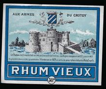 """Etiquette  Rhum Vieux Aux Armes Du Corton  80 """"le Château  En 1140"""" - Rhum"""