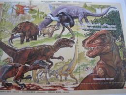 Comoros Comores-1994-fauna-dinosaurs-BL.381 - Comoros