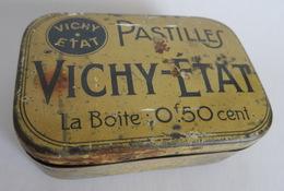 Boite Ancienne De Pastilles VICHY ETAT  Boite 0F50 Cent - Scatole