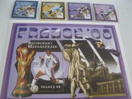 Madagascar-1997-soccer France98-MI.1882-85,BL.273 - Madagascar (1960-...)