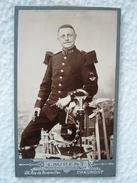Ancienne Photo D'un Sapeur Pompier Chasseur Alpin En Format CDV / Photographe Laurent à Chaumont - Photographs