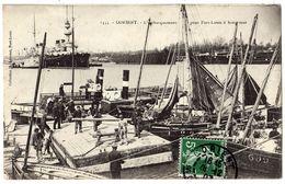 LORIENT - 56 - L'embarquement Pour Port Louis à Basse Mer - Bâteaux Port - Lorient