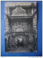 31-TOULOUSE Le Capitole , La Cour Henri IV , Circulée , Dos Vert , 2 Scans - Toulouse