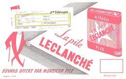 Buvard Publicité Pile Leclanché Bonhomme Rouge - Electricité & Gaz