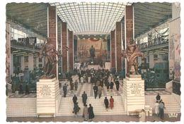 Exposition Universelle Bruxelles / Brussel Expo 58 - Paviljoen Van De U.S.S.R. - Groote Hall - Expositions Universelles