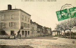 CPA -SARCEY (69) - Aspect De La Grande Place Et De L'Hôtel Chatard En 1909 - Otros Municipios