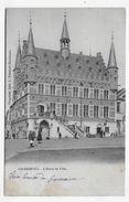 GRAMMONT - L' HOTEL DE VILLE AVEC PERSONNAGES - TIMBRE DECOLLE AU VERSO AVEC LEGER PLI - CPA VOYAGEE - Frankreich