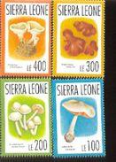 SIERRA LEONE  1618-25  MINT NEVER HINGED SET OF STAMPS OF MUSHROOMS - Pilze
