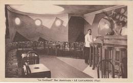 83 Le Lavandou Le Goëland Bar Américain Vue Du Bar Et De La Salle - Le Lavandou